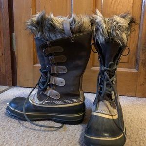 Sorel Women's Winter Boots size 9